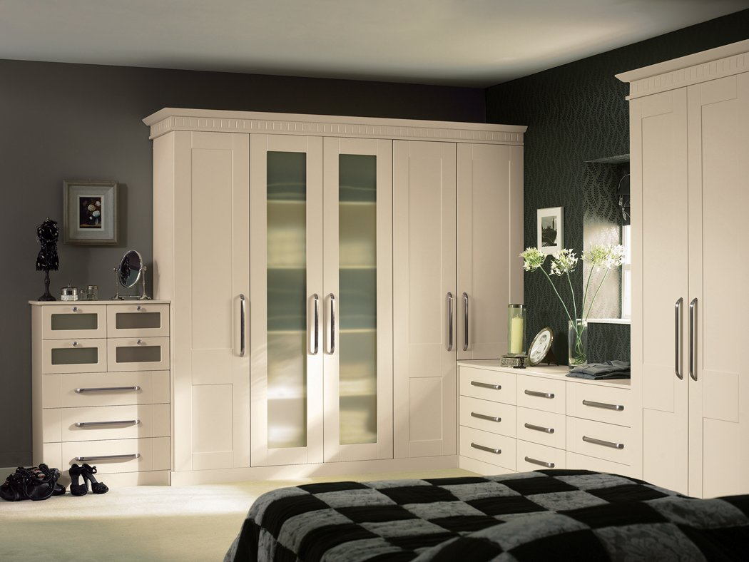 Bella Warwick Ivory Bedroom