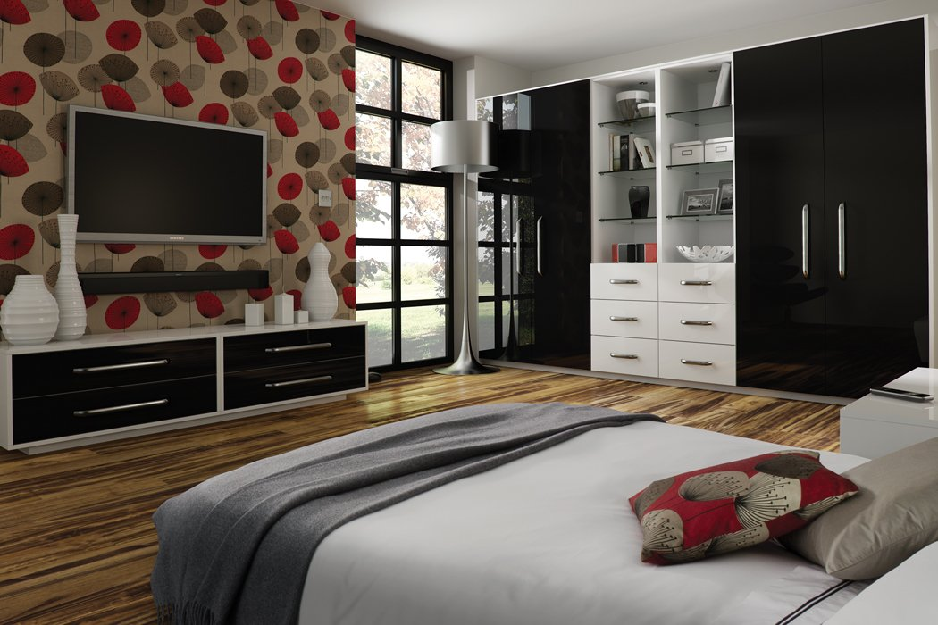 Zurfiz Ultragloss Black Bedroom